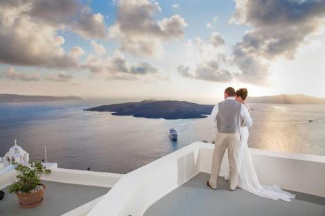 . Photo credits: Aressana Spa Hotel and Suites Fira, Santorini.