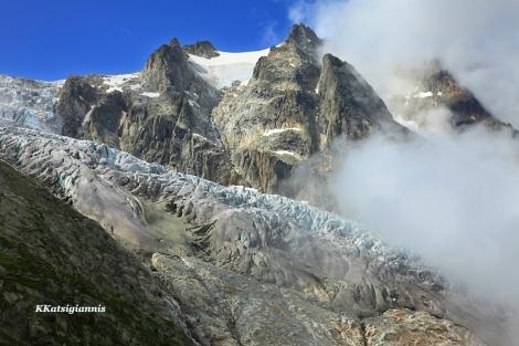 Η καλή φυσική κατάσταση είναι σημαντικό για την δουλειά, ειδικά αν σου αρέσουν η ορειβασία και μεταφέρεις τον εξοπλισμό σου για πολλές ώρες. Ελβετικές Άλπεις