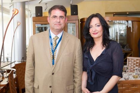 O κ. Γρηγόρης Διάκου, Πρόεδρος, COBALT και η κ. Ιωάννα Παπαδοπούλου, Διευθύντρια Επικοινωνίας & Μάρκετινγκ, ΔΑΑ
